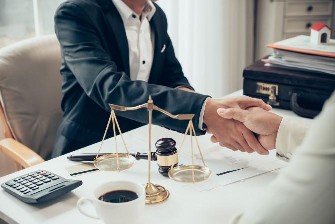 Công ty Luật uy tín cần những tiêu chí gì